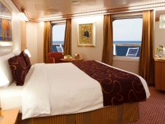 Costa Favolosa Mini-Suite