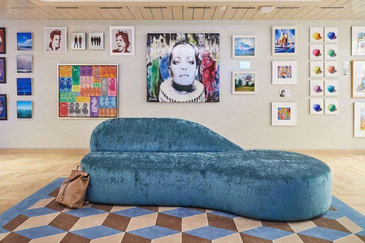 AIDAcosma Art Gallery