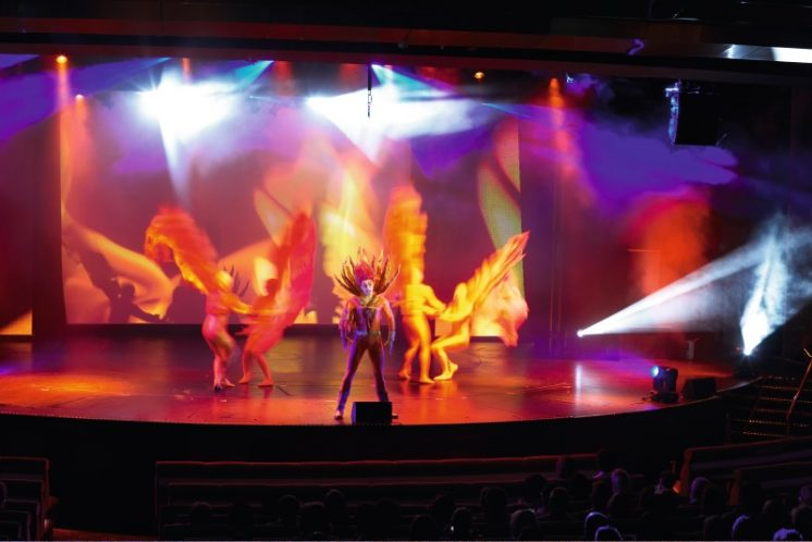 TUI Cruises Mein Schiff 1 Entertainment