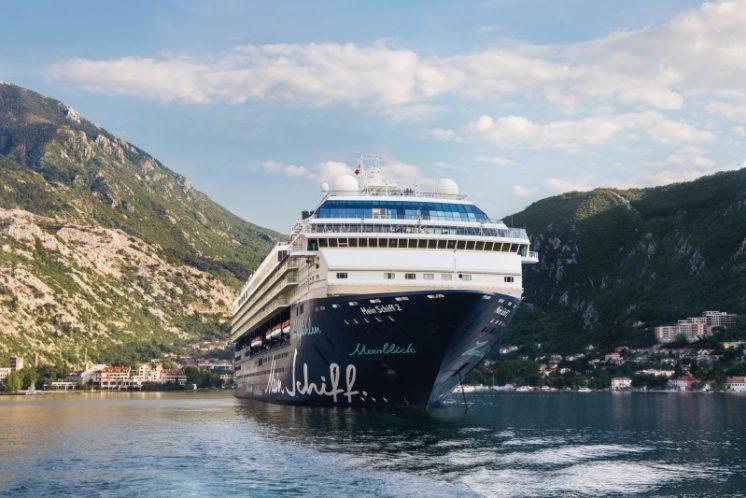 TUI Cruises Mein Schiff 2 Außen