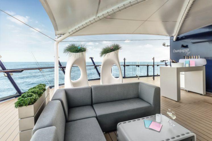 TUI Cruises Mein Schiff 4 Champagner-Treff