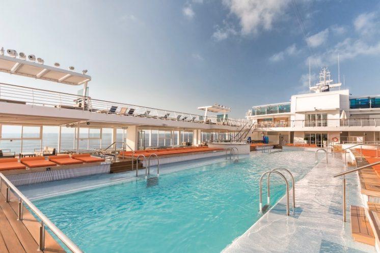 TUI Cruises Mein Schiff 4 Pool