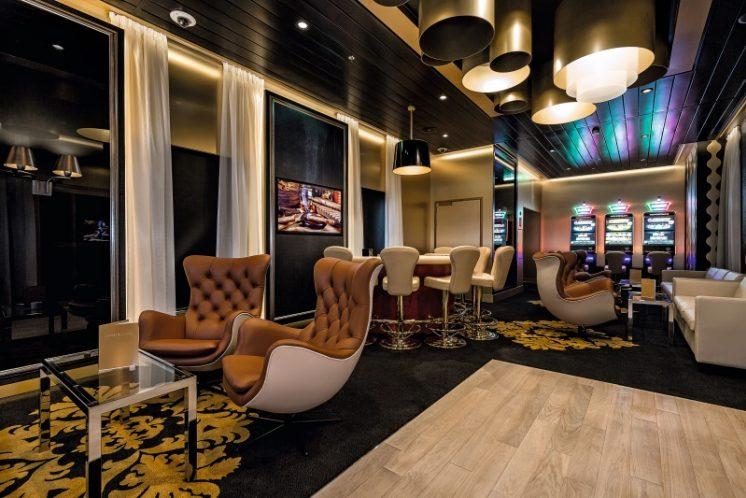 TUI Cruises Mein Schiff 5 Casino und Lounge