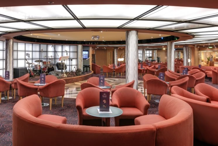 MSC Armonia Bar