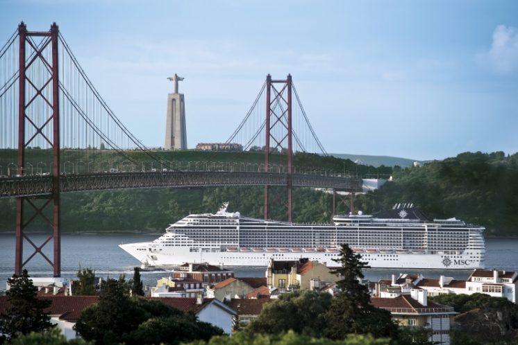 MSC Divina Lissabon