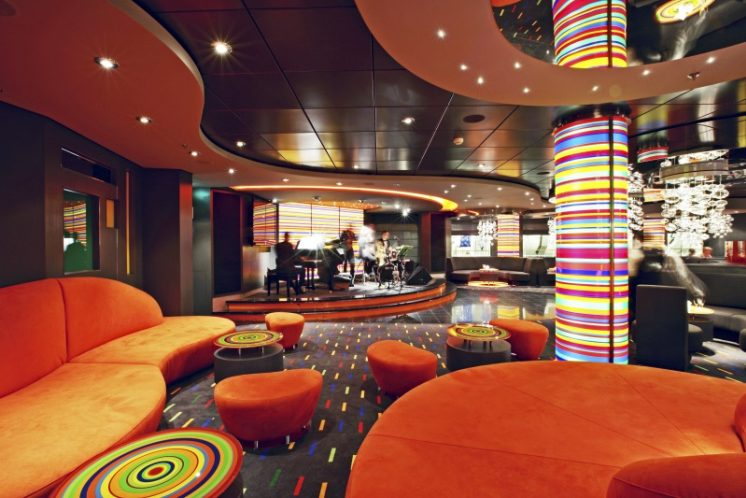MSC Fantasia Bar