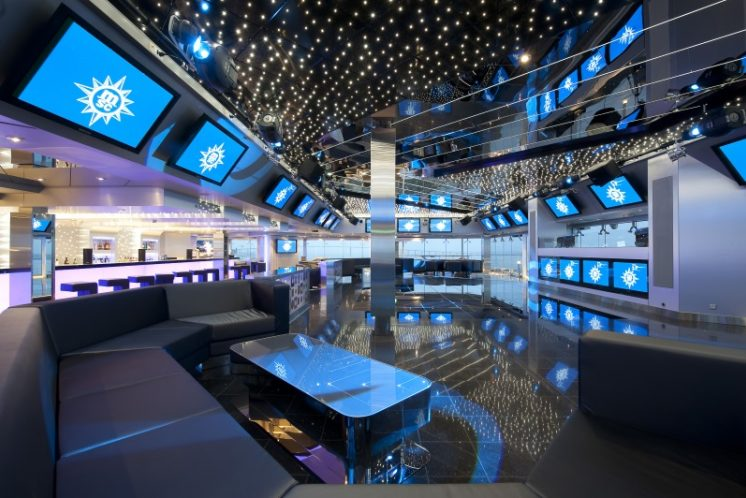MSC Magnifica Disco