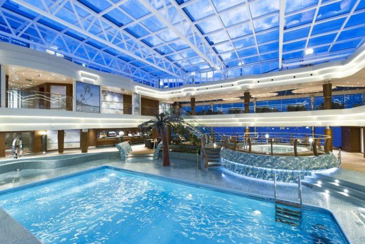 MSC Preziosa Schwimmbad