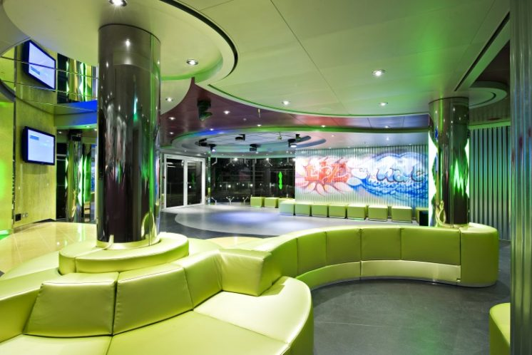 MSC Splendida Teen Disco