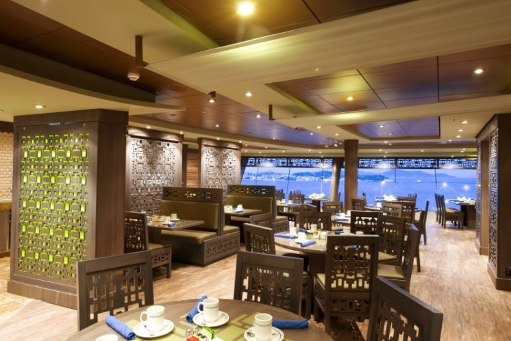 MSC Splendida Cafeteria