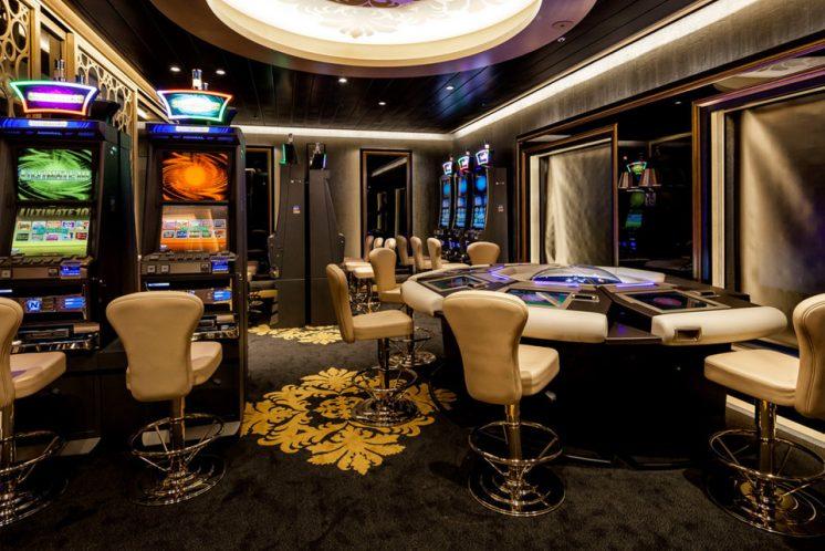Neue Mein Schiff 1 Casino & Lounge