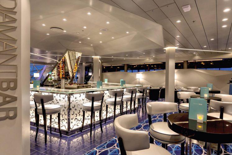Neue Mein Schiff 1 Diamant Bar
