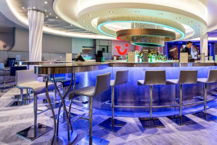 Neue Mein Schiff 1 TUI Bar