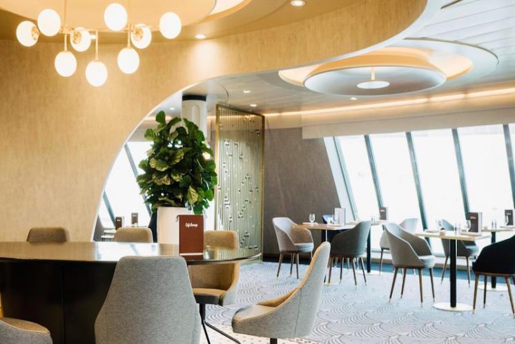 TUI Cruises Mein Schiff 4 Café Lounge