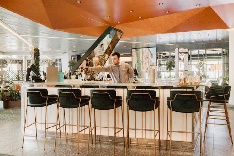 TUI Cruises Mein Schiff 4 Diamant Bar